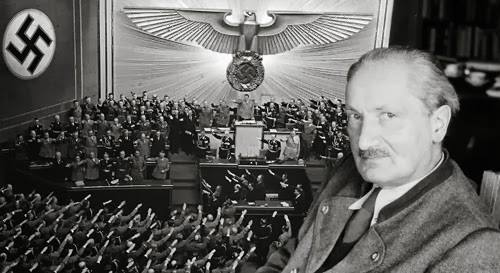 «الدّفاتر السّوداء»: مارتن هايدغر أمام أشباح النازية